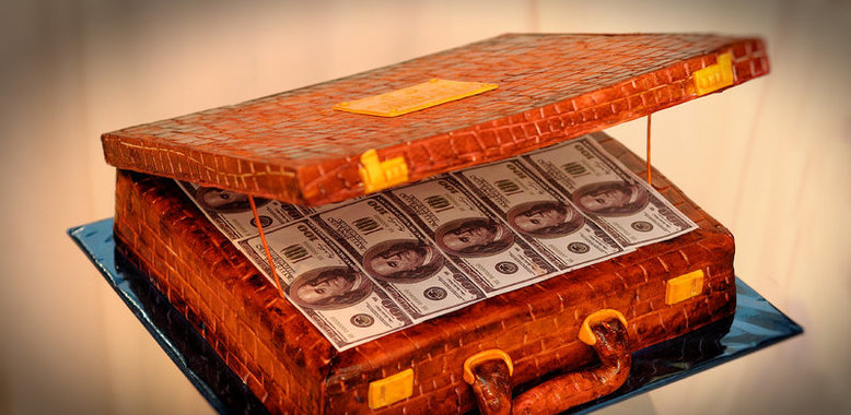 Фото торта чемодан денег