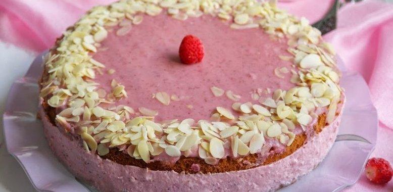 Рецепт творожного торта с пошагово из клубники